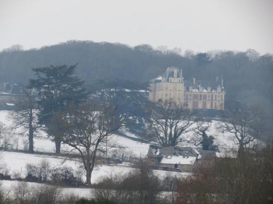 château de la rongère sous la neige